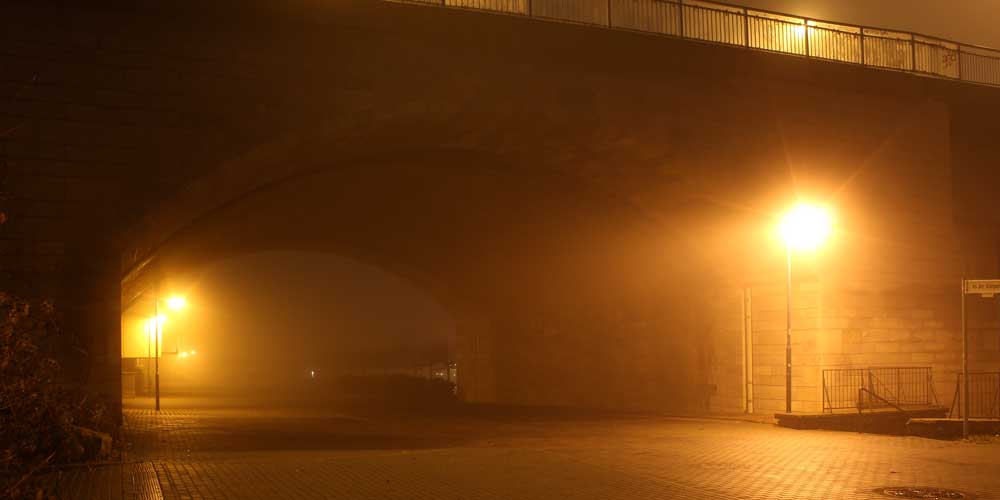 Unter der Kennedybrücke in Bonn-Beuel (Foto: Carmen Menn, Bonn)